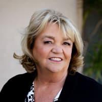 Lynne Suzanski