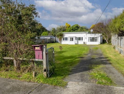 8 Hurley Road, Paraparaumu Beach, Wellington