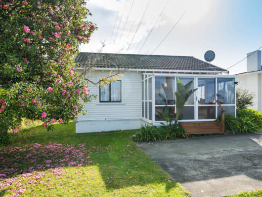 158 Sunset Road, Unsworth Heights, Auckland