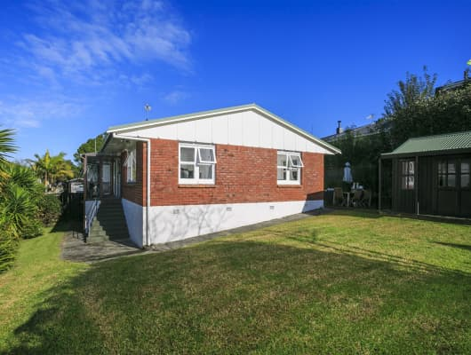 4 Birchfield Road, Hauraki, Auckland