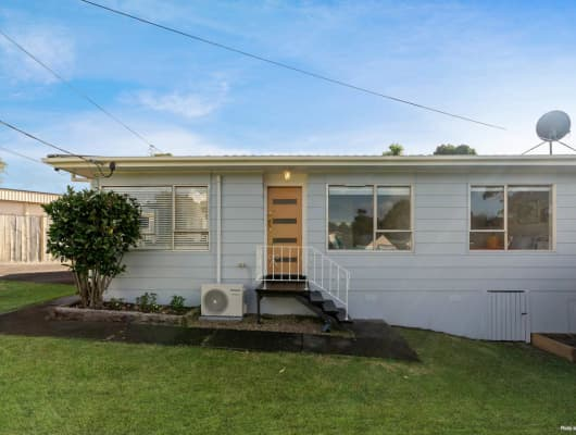 16 Gazelle Avenue, Beach Haven, Auckland