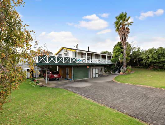2 Keven Road, Clarks Beach, Auckland