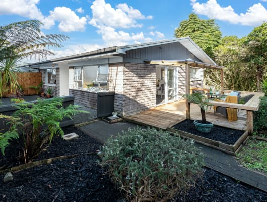3/5 John Gill Road, Cockle Bay, Auckland