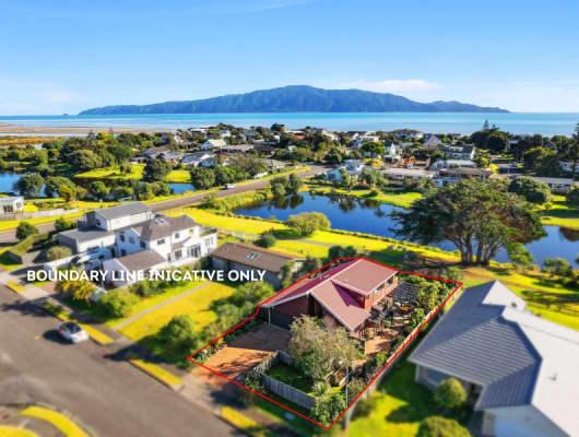 23 Barrett Drive, Waikanae Beach, Wellington
