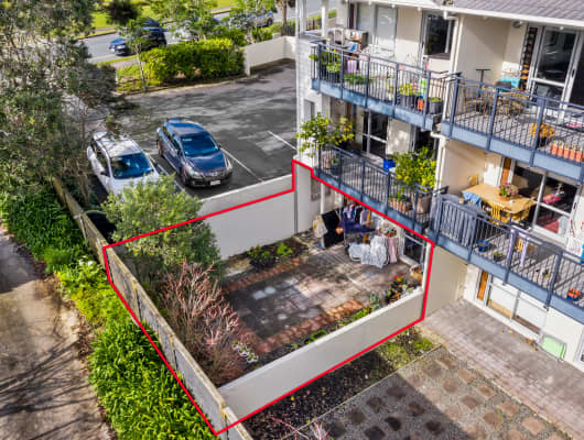 A6/71 Spencer Road, Oteha, Auckland