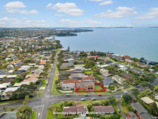30 Montgomery Avenue, Rothesay Bay, Auckland