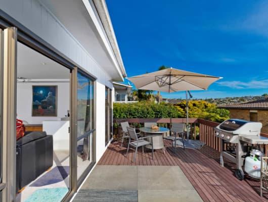 1/9 Newhaven Terrace, Mairangi Bay, Auckland
