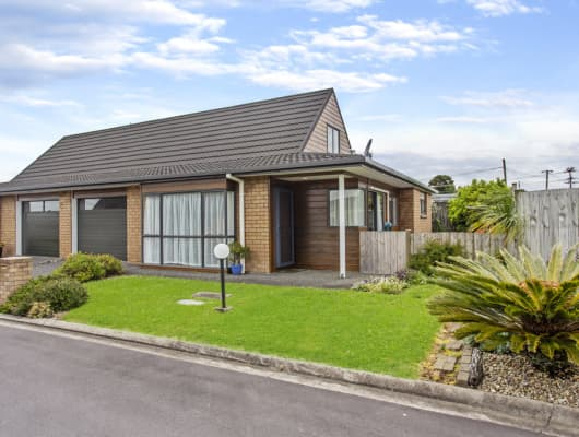 56 Larnoch Road, Henderson, Auckland