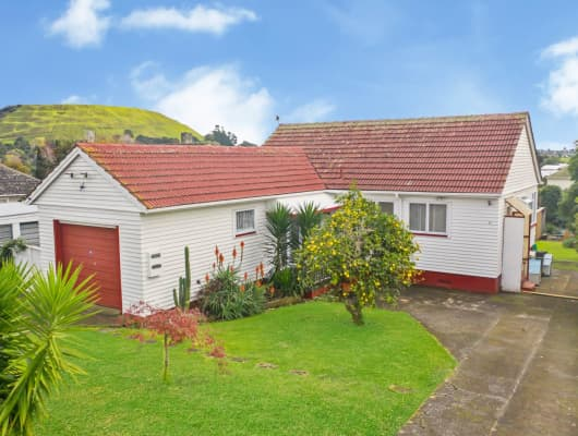 13 Court Cres, Panmure, Auckland