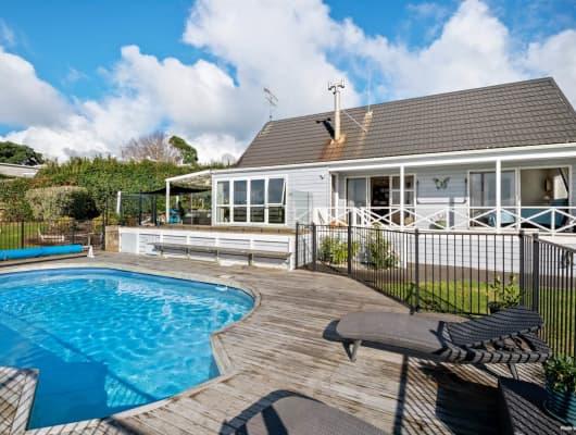 38 Cedar Terrace, Stanmore Bay, Auckland