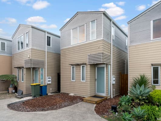 23 Albionvale Road, Glen Eden, Auckland