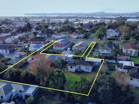 100 Te Atatu Road, Te Atatu South, Auckland