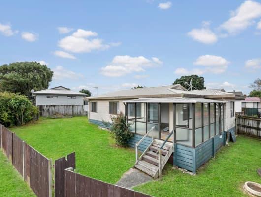11 Barneys Farm Road, Clendon Park, Auckland