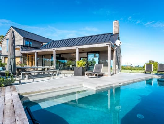 4 Pacific Parade, Surfdale, Auckland
