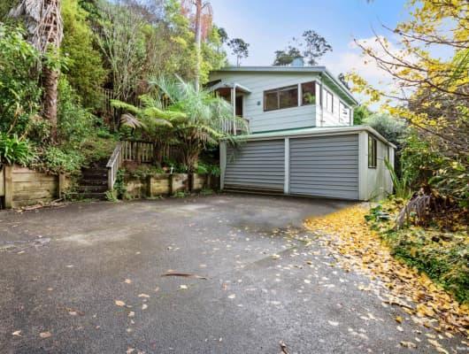 25 Laingfield Terrace, Laingholm, Auckland