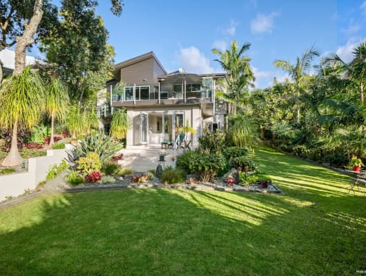 15 Hurdlow Place, Manly, Auckland