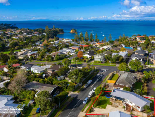 1 Weatherly Road, Torbay, Auckland