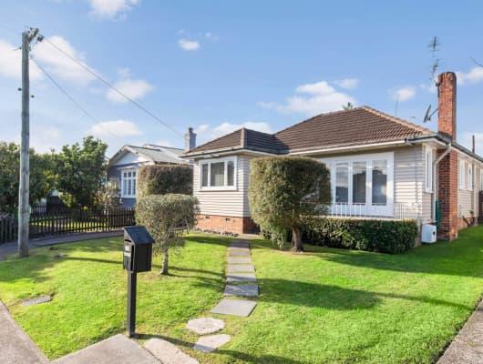 18 Wicklow Road, Narrow Neck, Auckland