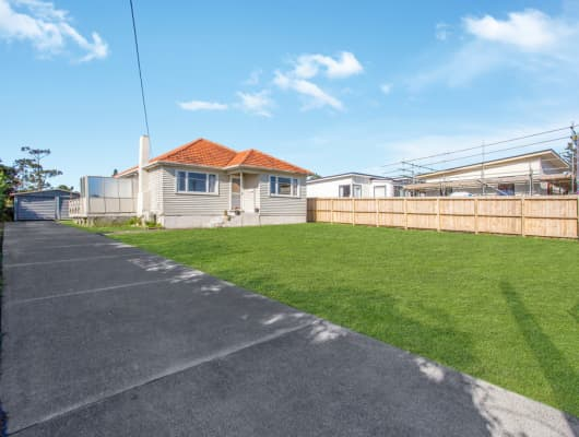 8 Rosier Rd, Glen Eden, Auckland