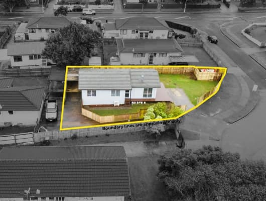 3 Sparrow Place, Weymouth, Auckland