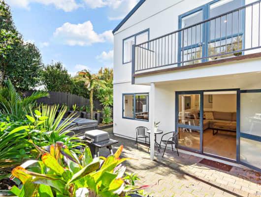 71 Fernhill Way, Oteha, Auckland