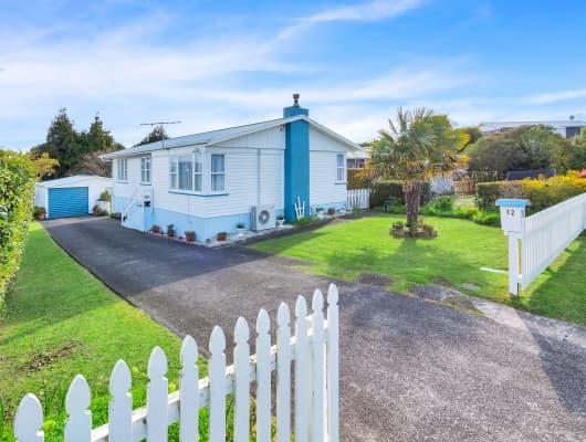 12 Wylie Avenue, Sunnynook, Auckland