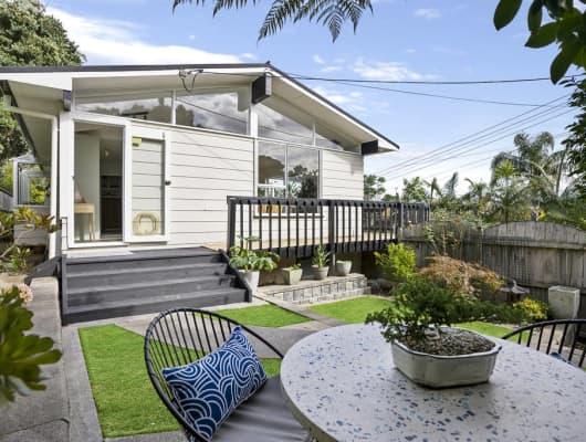 86 Aeroview Drive, Beach Haven, Auckland