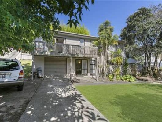 60 Powrie Street, Glenfield, Auckland