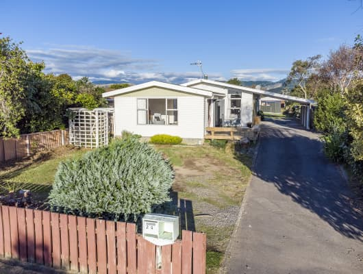 24 Callender Terrace, Paraparaumu Beach, Wellington