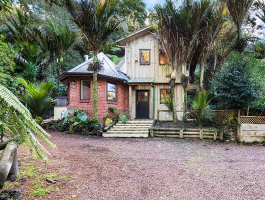 28 Western Rd, Laingholm, Auckland