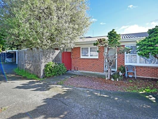 2/6 John Street, Mangere East, Auckland