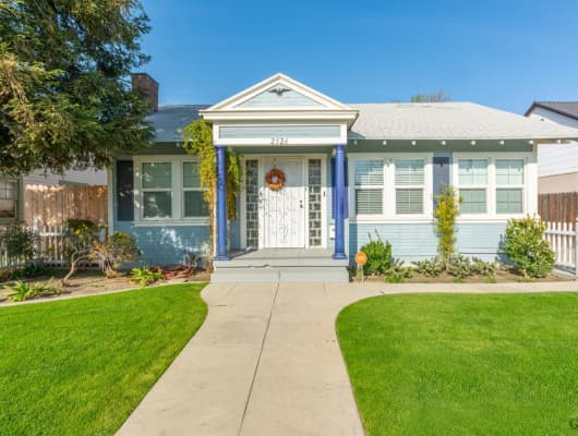 Chester Ln, Bakersfield, CA, 93304