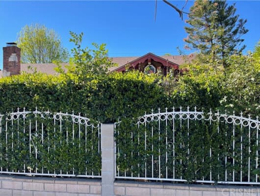 7843 De Soto Avenue, Los Angeles, CA, 91304