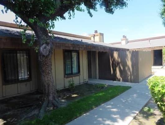 Apt 109/1221 North Peach Avenue, Fresno, CA, 93727