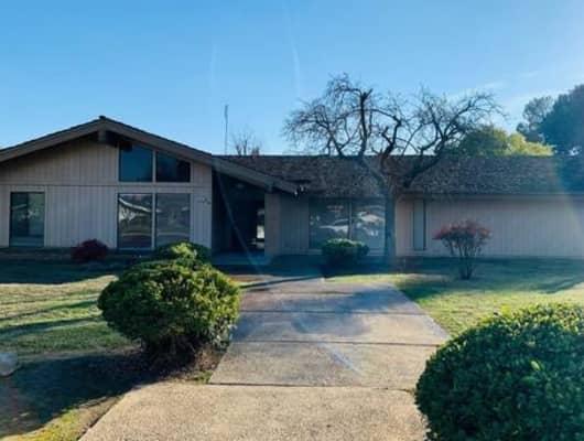 2765 West San Carlos Avenue, Bullard, CA, 93711