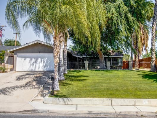 1719 Oswell Street, Bakersfield Country Club, CA, 93306