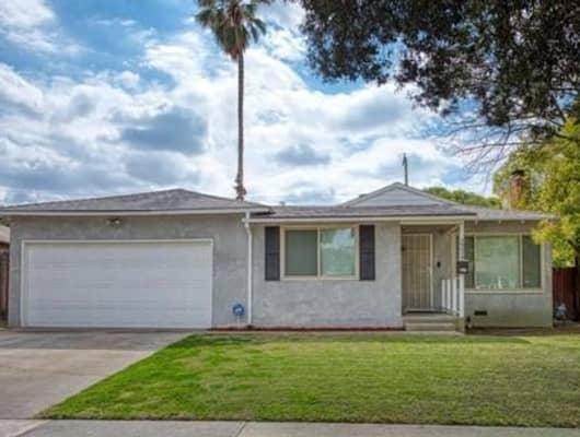 2234 E Rialto Ave, Fresno, CA, 93726