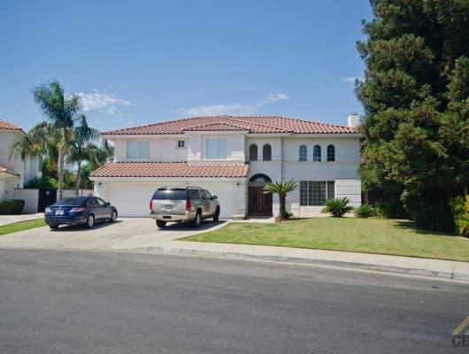 1521 Parkpath Way, Bakersfield, CA, 93311