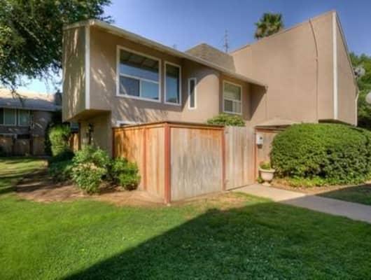 6614 N 3rd St, Fresno, CA, 93710