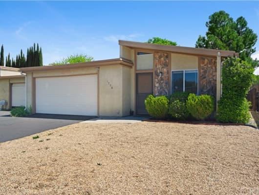 1738 Kings Drive, El Paso de Robles (Paso Robles), CA, 93446