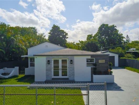 8290 Northeast 4th Avenue, Miami, FL, 33138