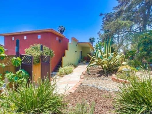 128 Knoll Road, Vista, CA, 92083