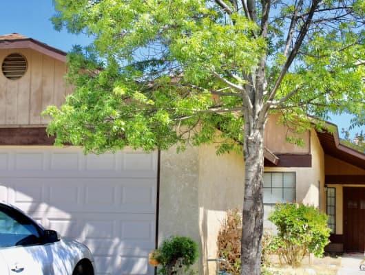 6304 Rhonda Way, Bakersfield, CA, 93307