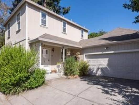 33 Peach Ct, Santa Rosa, CA, 95407