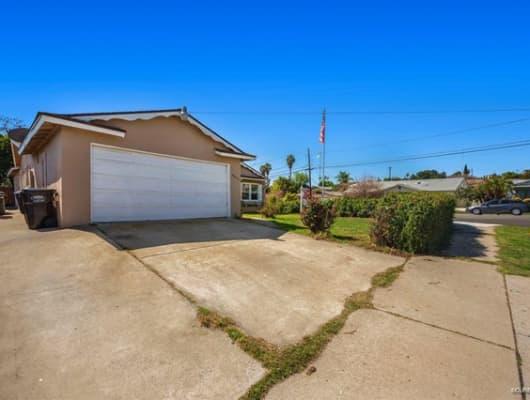 8807 Lance Avenue, La Presa, CA, 91977