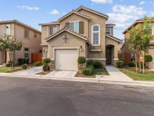 3069 Mount Rainier Lane, Clovis, CA, 93619