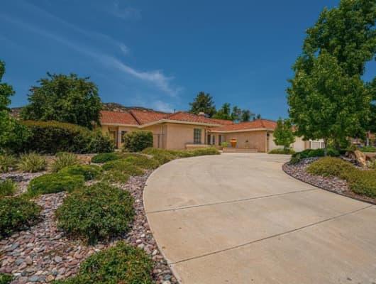 348 Bridle Run Place, Harbison Canyon, CA, 91901