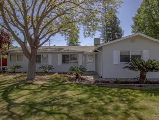 5558 East Dakota Avenue, Tarpey Village, CA, 93727