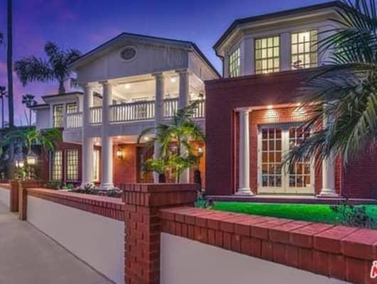 93 Giralda Walk, Long Beach, CA, 90803