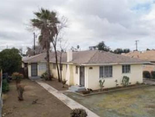 3474 Mayfair Drive South, Fresno, CA, 93703